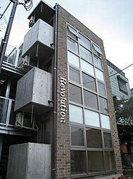 レヴォリューション[1階]の外観