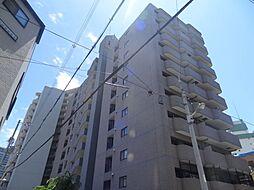 ファミーユ西梅田[8階]の外観