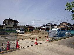 新潟県加茂市石川2丁目の賃貸アパートの外観