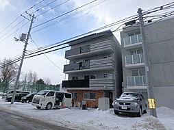 北海道札幌市豊平区平岸五条7の賃貸マンションの外観