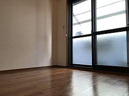 セジュール八尾南の個人の部屋や寝室として使える洋室です