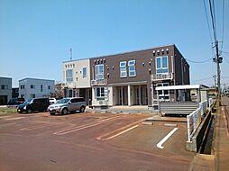 新潟県三条市西四日町4丁目の賃貸アパートの外観