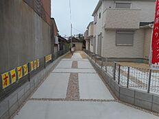駐車スペースは2台可能です。