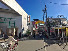 荏原中延駅前