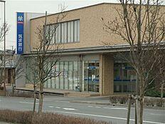 筑波銀行 みどりの支店(2393m)