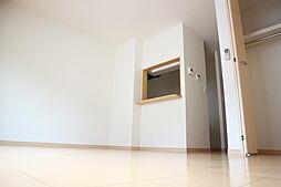 グランシャリオの明るい色調の室内です