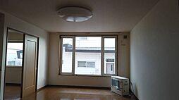 高栄東町の家 4LDKの居間
