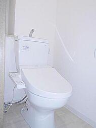 温水便座のトイレ