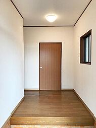 玄関〜廊下。
