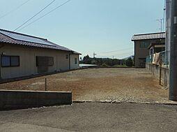 韮崎市穴山町
