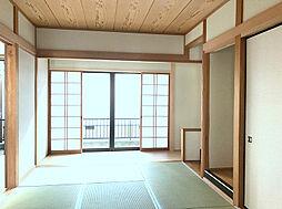 1F6帖和室は廊下から直通で客間としてもお使い頂けます。