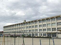 尾張旭市三郷小学校 徒歩 約12分(約900m)