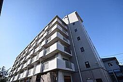 ルネ・アルマーニ[3階]の外観