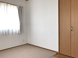 それぞれの部屋が独立しているので家族間のプライベートも守られます。