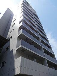 東京都中央区日本橋本町4丁目の賃貸マンションの外観