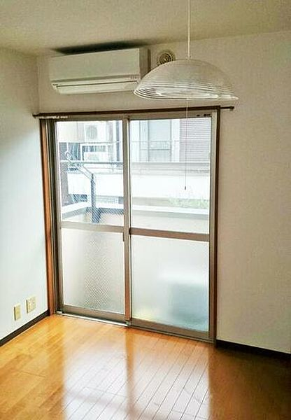 エスプリ西早稲田 205号室[2階]の外観
