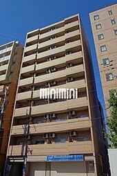 ファミネス上殿田[3階]の外観
