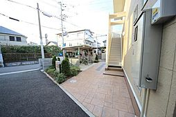 兵庫県尼崎市次屋2の賃貸アパートの外観