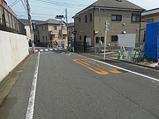 前面道路含む現地写真-公道7.2m道路