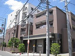 笠寺台地の南端の閑静な住宅街に位置する、ひとクラス上の格調高いマンションです。