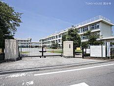 武蔵村山市立第二小学校 距離400m