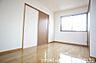 寝室,2LDK,面積56.46m2,賃料4.5万円,あいの風とやま鉄道 石動駅 徒歩30分,,富山県小矢部市島