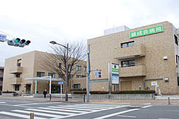 東京都小平市小川町2丁目の賃貸マンションの外観