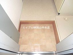 ウエストプラザ新保の玄関