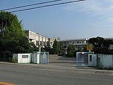 紀の川市立池田小学校まで1450m