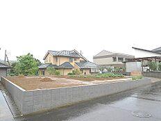 JR水戸線「笠間」駅が最寄り駅です。