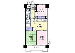 南面バルコニー、DK約5帖。6帖の洋室、和室がバルコニーに面しているので、陽光が入りやすくなっています。ユニットバスではなく、独立してバスルームがあります。