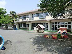草花幼稚園 553m