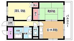 大阪府豊中市東泉丘2丁目の賃貸マンションの間取り