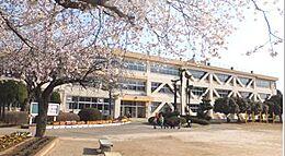 牛久市立奥野小学校(3785m)