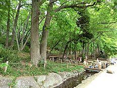 黒川清流公園まで2075m