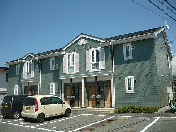 長野県須坂市大字米持の賃貸アパートの外観