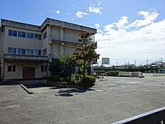 青梅市立泉中学校 徒歩 約14分(約1100m)