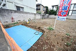 東京メトロ有楽町線「千川」駅徒歩5分の立地