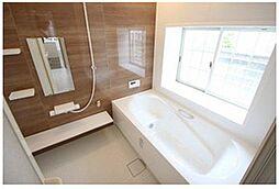 1坪以上の浴室で、ゆったりと入浴を楽しめそうですね