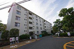 大阪府枚方市田口山1丁目の賃貸マンションの外観