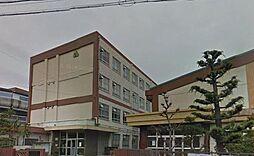 中学校名古屋市立山田中学校まで560m