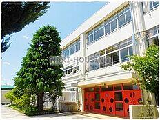 中学校国立市立第一中学校まで1749m