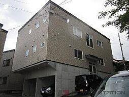 カラーパレスB[2階]の外観