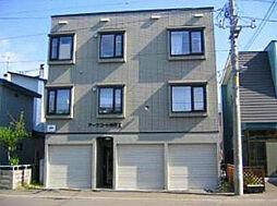 北海道札幌市東区北四十四条東13丁目の賃貸アパートの外観