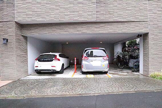 駐車場や駐輪場...