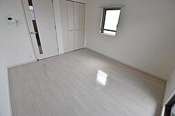 アドバンス西梅田ウインズの洋室