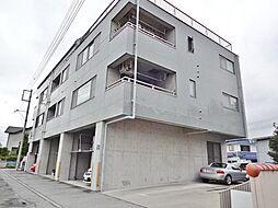 山梨県甲斐市名取の賃貸マンションの外観