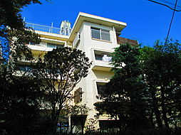 東京都世田谷区桜新町1丁目の賃貸マンションの外観