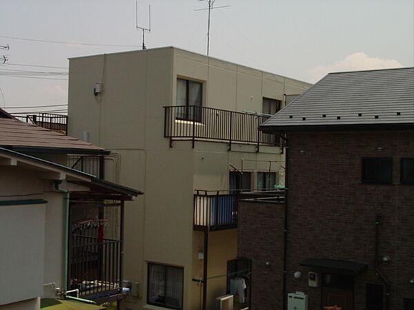 六浦コーポ[302号室]の外観