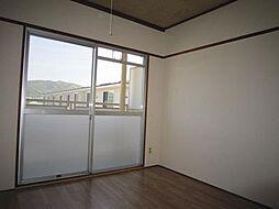 森岡ハイツ らん[301号号室]の外観